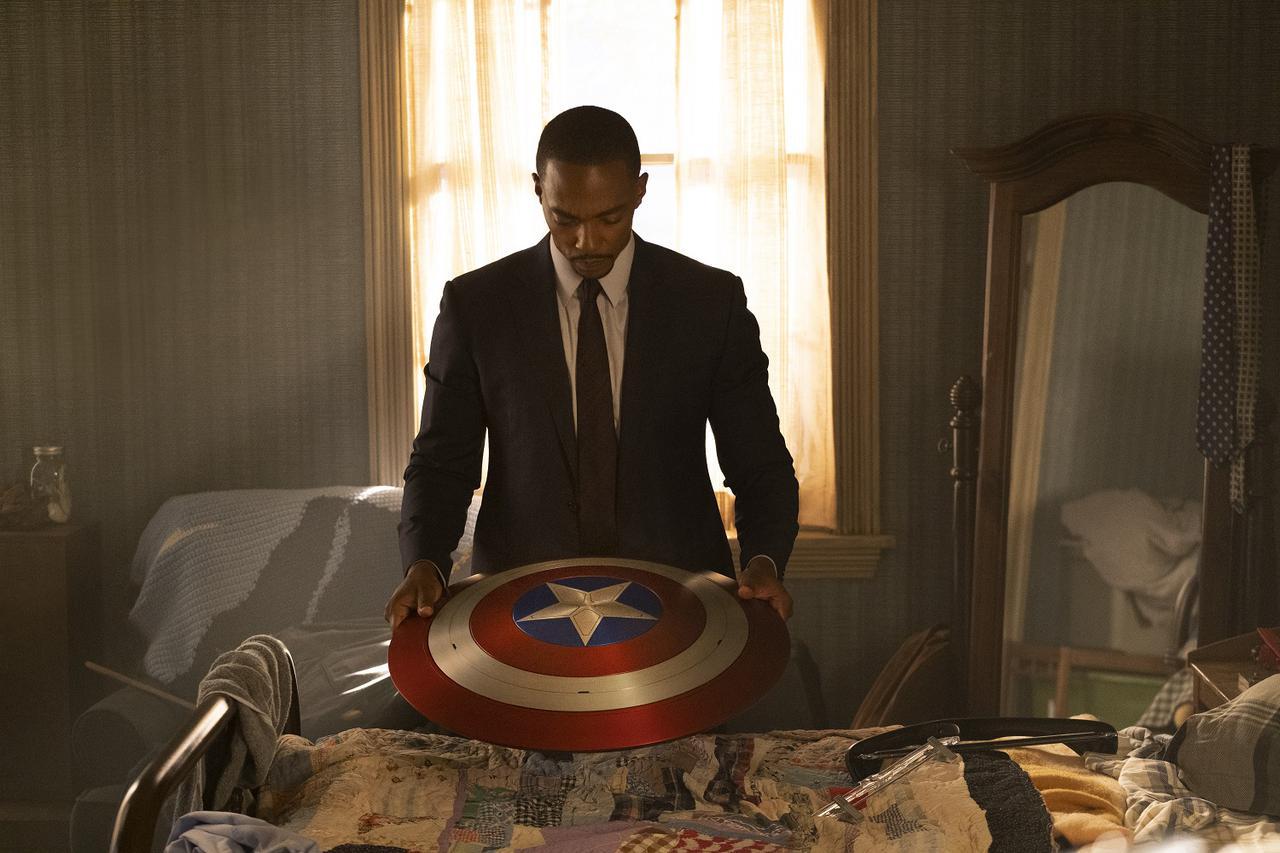 画像1: ©︎ 2021 Marvel