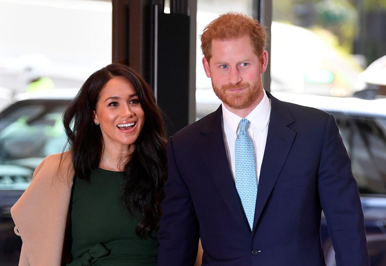 画像: メーガン妃&ヘンリー王子のインタビューに賛否