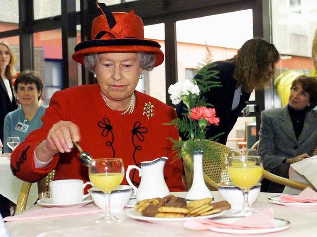 画像: エリザベス女王とマクドナルドの意外な関係