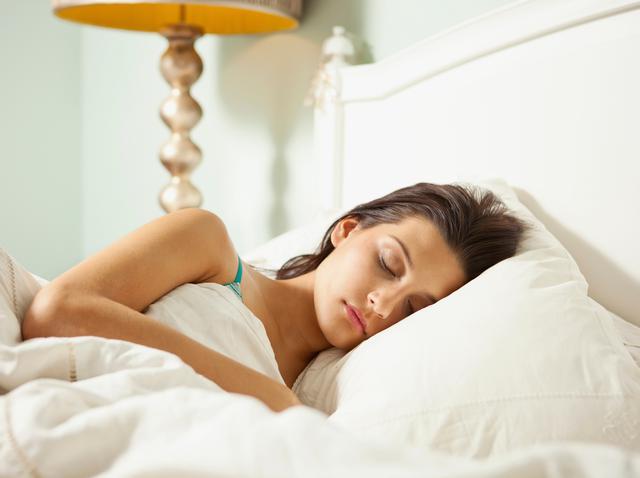 画像: 毎日7時間以上の睡眠をとる