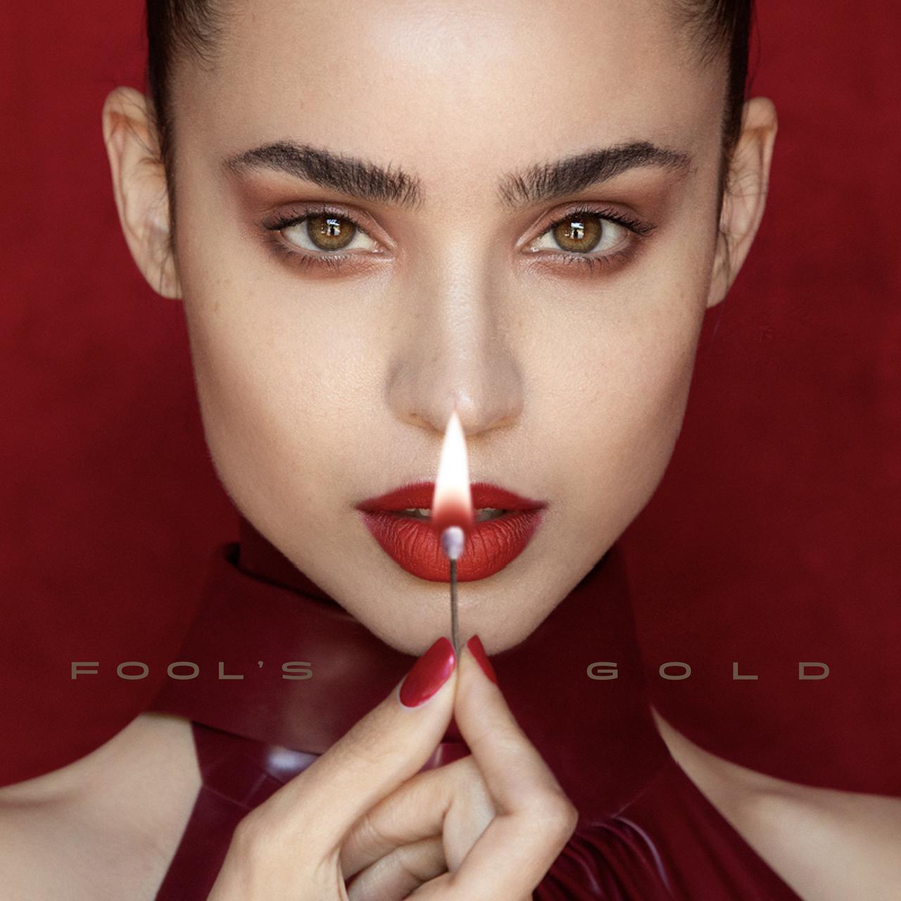 画像: ソフィア・カーソンが新曲「Fool's Gold」をリリース