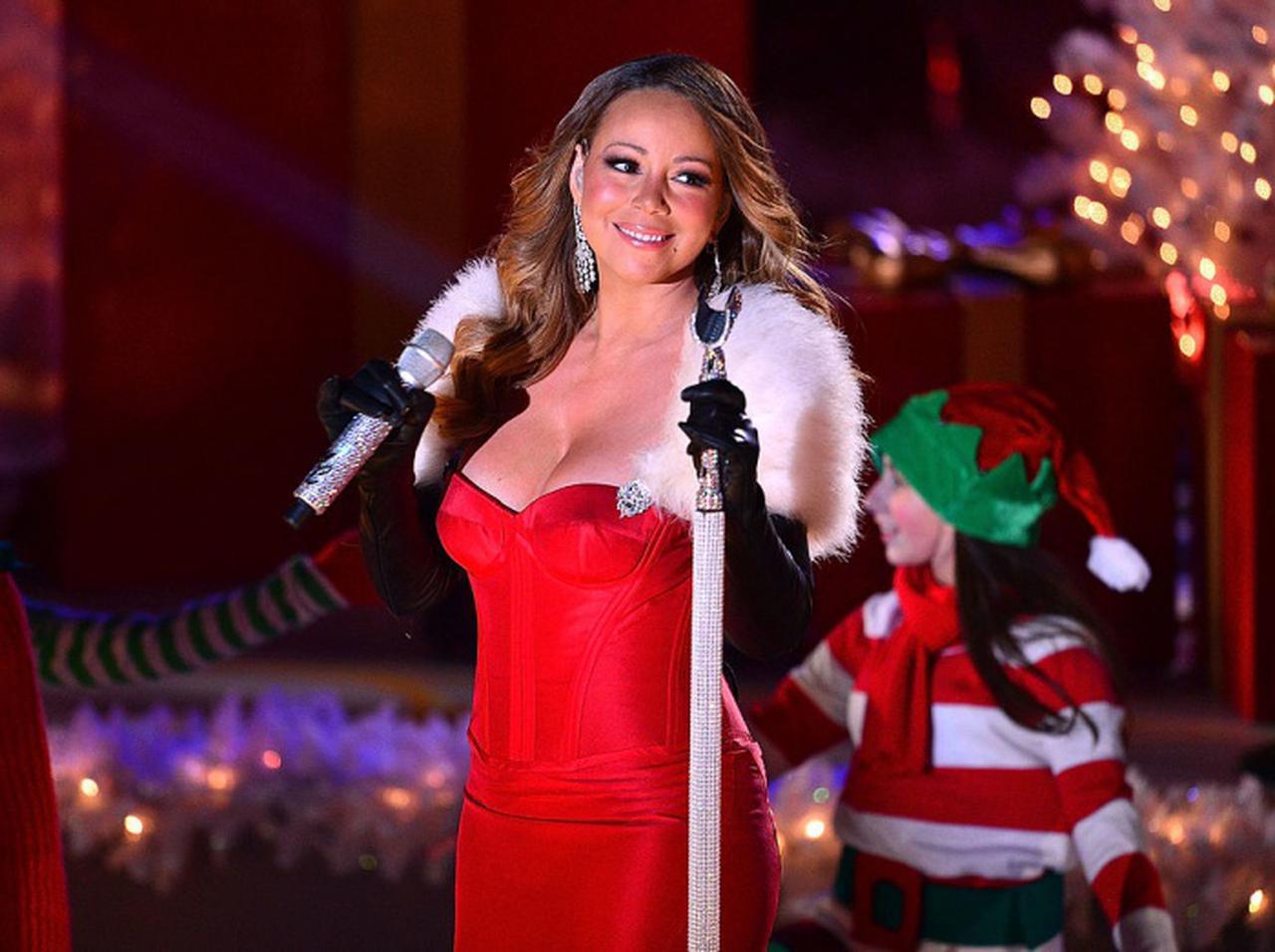 画像: マライア・キャリーが「クリスマスの女王」へと成長した理由に涙が出そう - フロントロウ -海外セレブ情報を発信