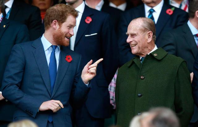 画像: ヘンリー王子がイギリスに到着