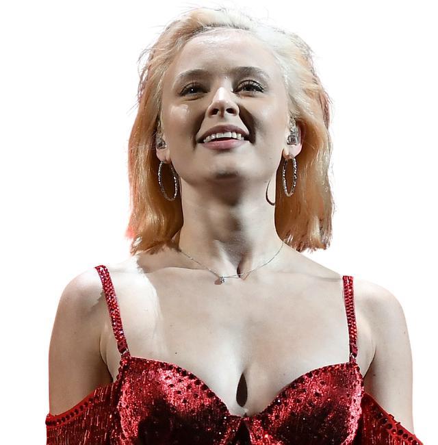 画像5: 2021年のガールズポップはこれ!ザラ・ラーソンが『ポスター・ガール』で歌う愛【本人インタビューも!】