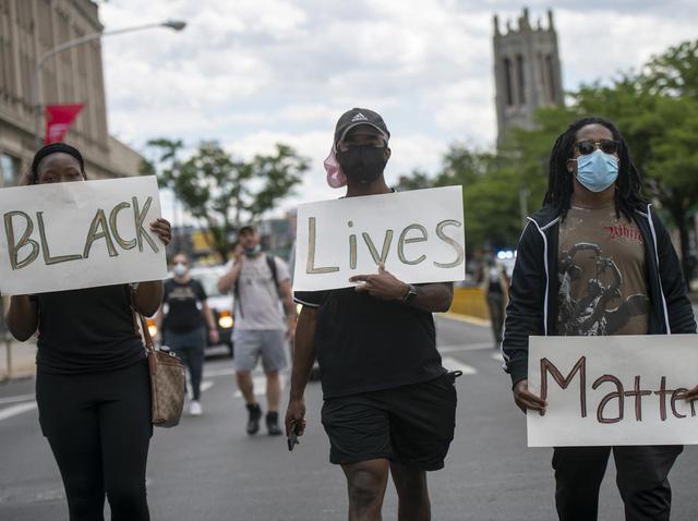 画像: Black Lives Matter(ブラック・ライヴズ・マター)の意味って?なぜ警官は逮捕されない?【解説】 - フロントロウ -海外セレブ情報を発信