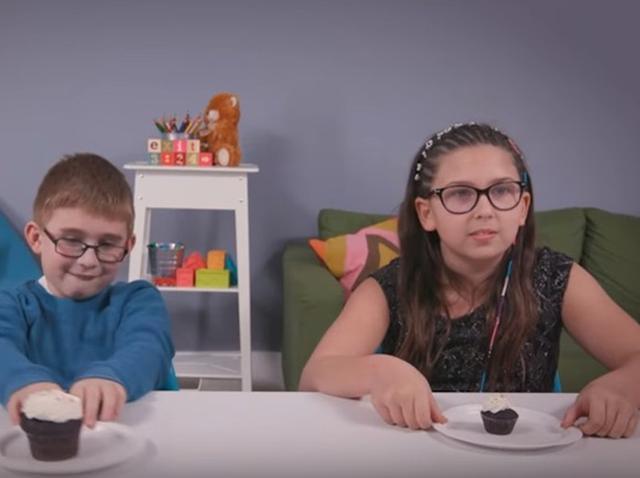 画像: 少年と少女が同じ課題をやった結果、そのご褒美の違いに「なんで?」 - フロントロウ -海外セレブ情報を発信