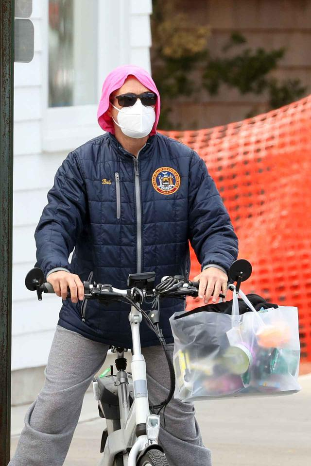 画像2: ロバート・ダウニー・Jr.がサイクリングにお出かけ