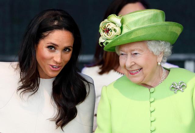 画像: メーガン妃も葬儀前にエリザベス女王と会話