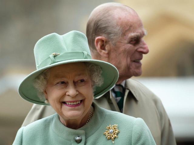 """画像: エリザベス女王、亡き夫が漏らした妻への「唯一の不満」が予想外に""""あるある""""だった - フロントロウ -海外セレブ情報を発信"""