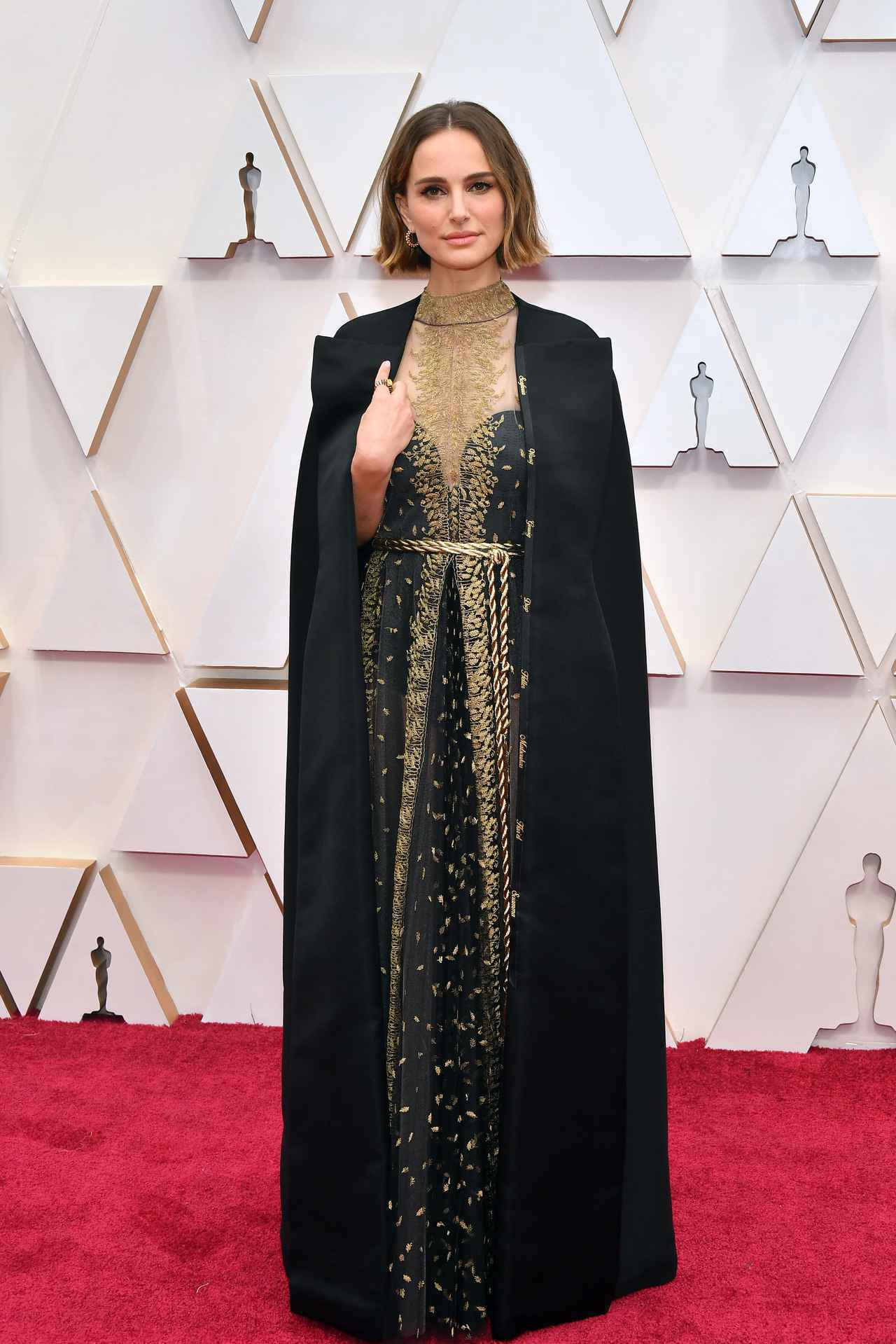 画像12: アカデミー賞授賞式で最もアイコニックだった衣装特集