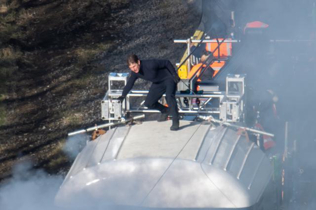 画像2: トム・クルーズ、『ミッション:インポッシブル』撮影中