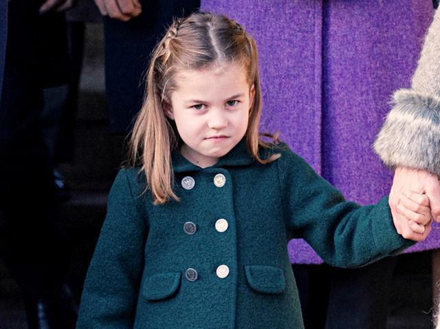 画像: シャーロット王女、初対面の人に「お知らせしている事」がおませすぎてカワイイ! - フロントロウ -海外セレブ情報を発信