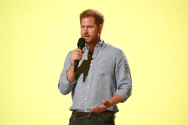 画像1: チャリティイベント「ヴァックス・ライヴ」で約332億円の寄付金が集まる