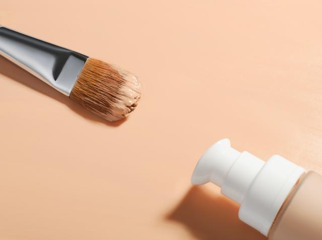 画像: 今っぽいシームレス肌に仕上がるプロのメイク術