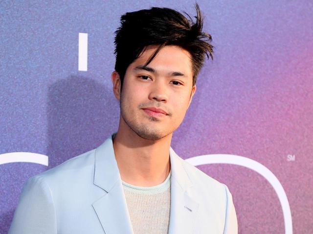 画像: ハリウッドにおけるアジア人の描かれ方は偏見や差別を助長 若手俳優が独自の抵抗【解説】 - フロントロウ -海外セレブ情報を発信