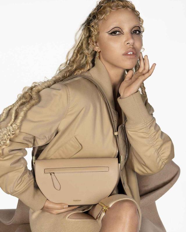 画像1: 「オリンピアバッグ」の広告が公開される