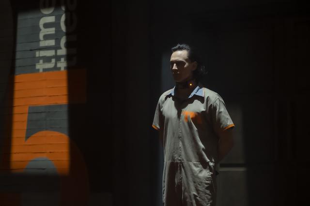 画像1: 嘘つきは、ヒーローの始まり!『ロキ』はマーベルドラマ入門におすすめのタイムトラベル・ミステリー
