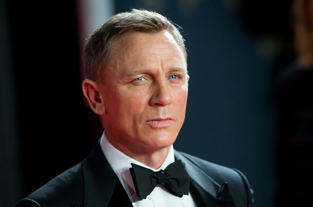 """画像: 『007/ノー・タイム・トゥ・ダイ』は""""呪われている""""⁉︎"""