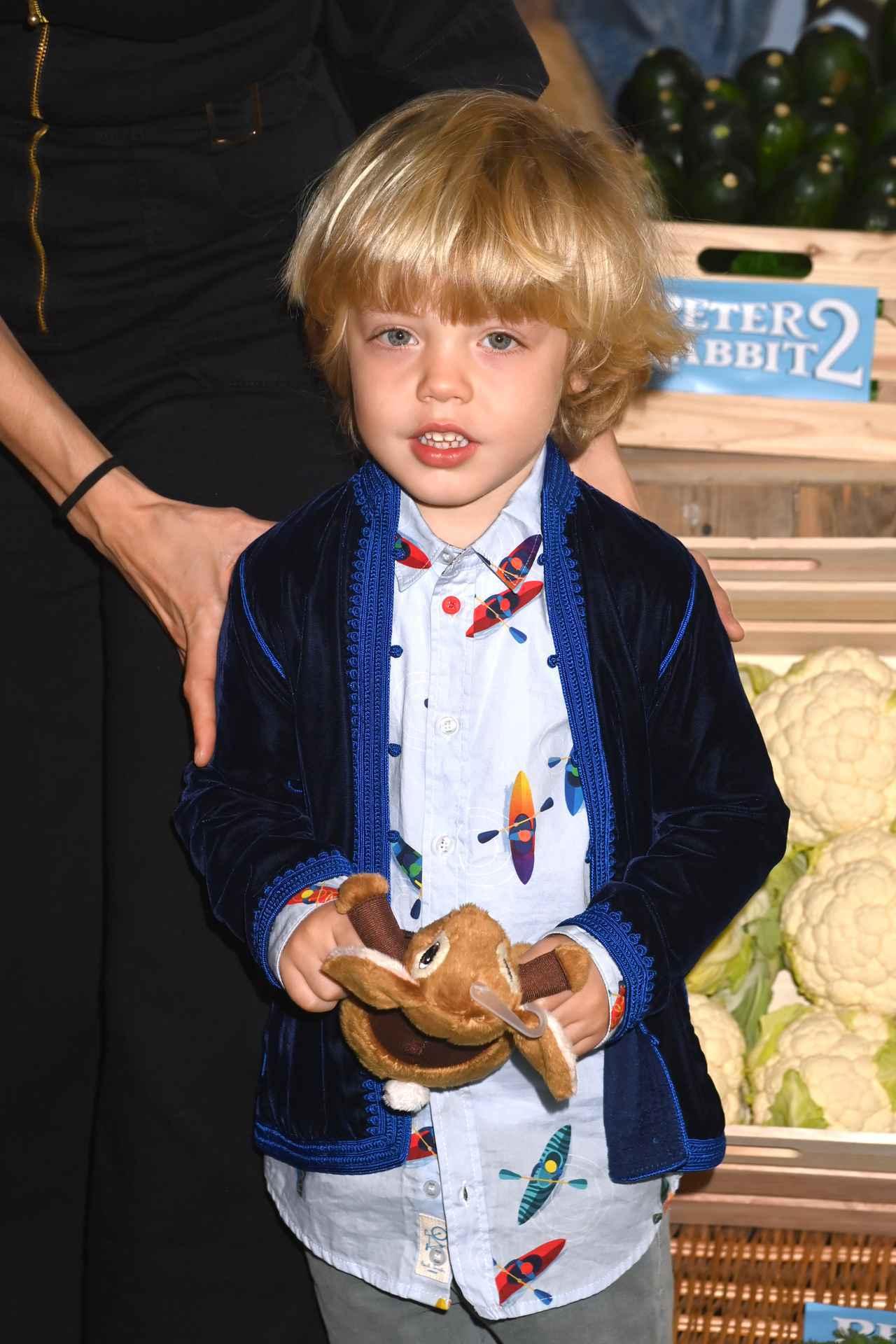 画像2: ミック・ジャガーの4歳の息子がイベントに登場