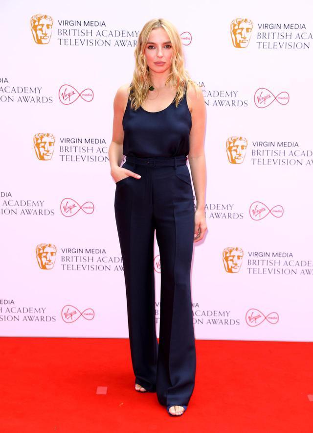 画像9: BAFTA TVアワードにセレブのレカペスタイルをお届け