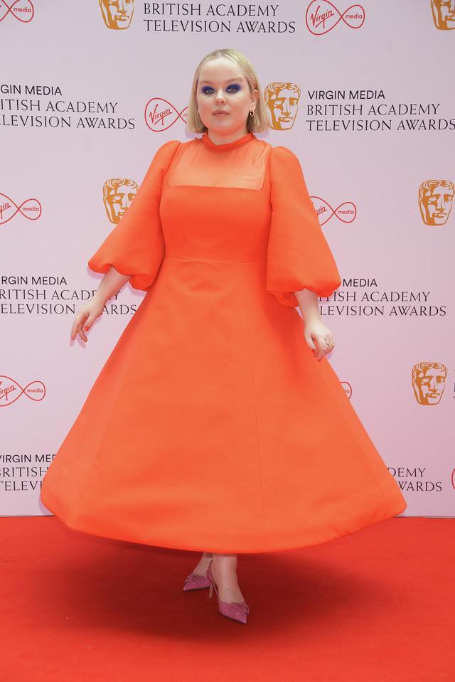 画像2: BAFTA TVアワードにセレブのレカペスタイルをお届け