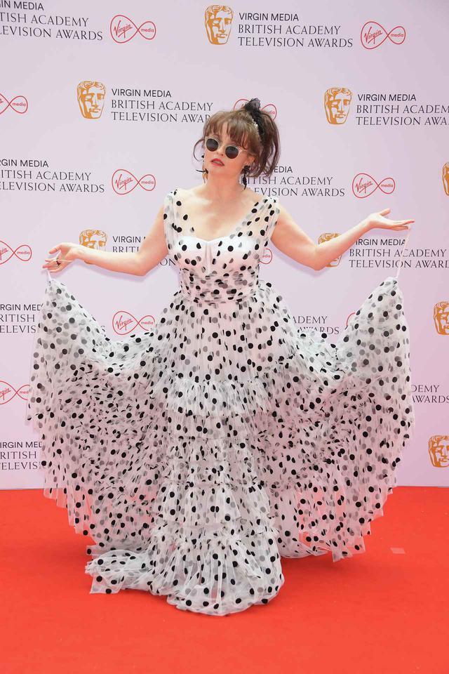 画像4: BAFTA TVアワードにセレブのレカペスタイルをお届け