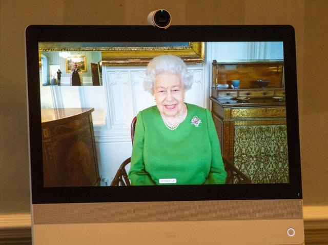 画像: エリザベス女王、誕生したばかりのひ孫リリベットと「テレビ電話」を使って対面 - フロントロウ -海外セレブ情報を発信