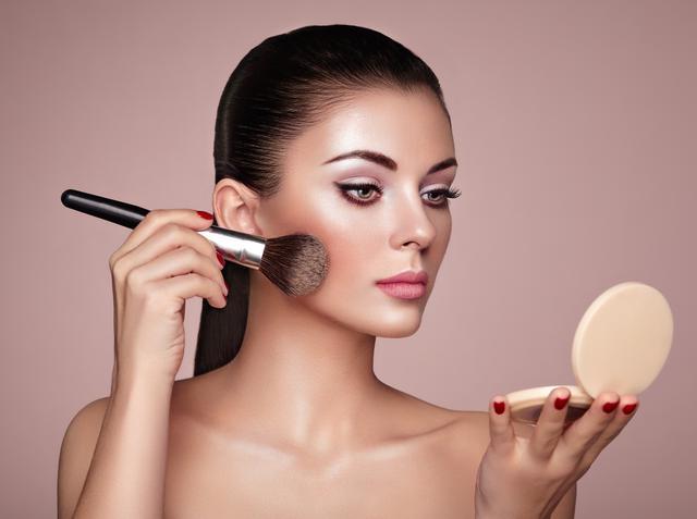 画像: 美肌に仕上がるベースメイクの秘訣