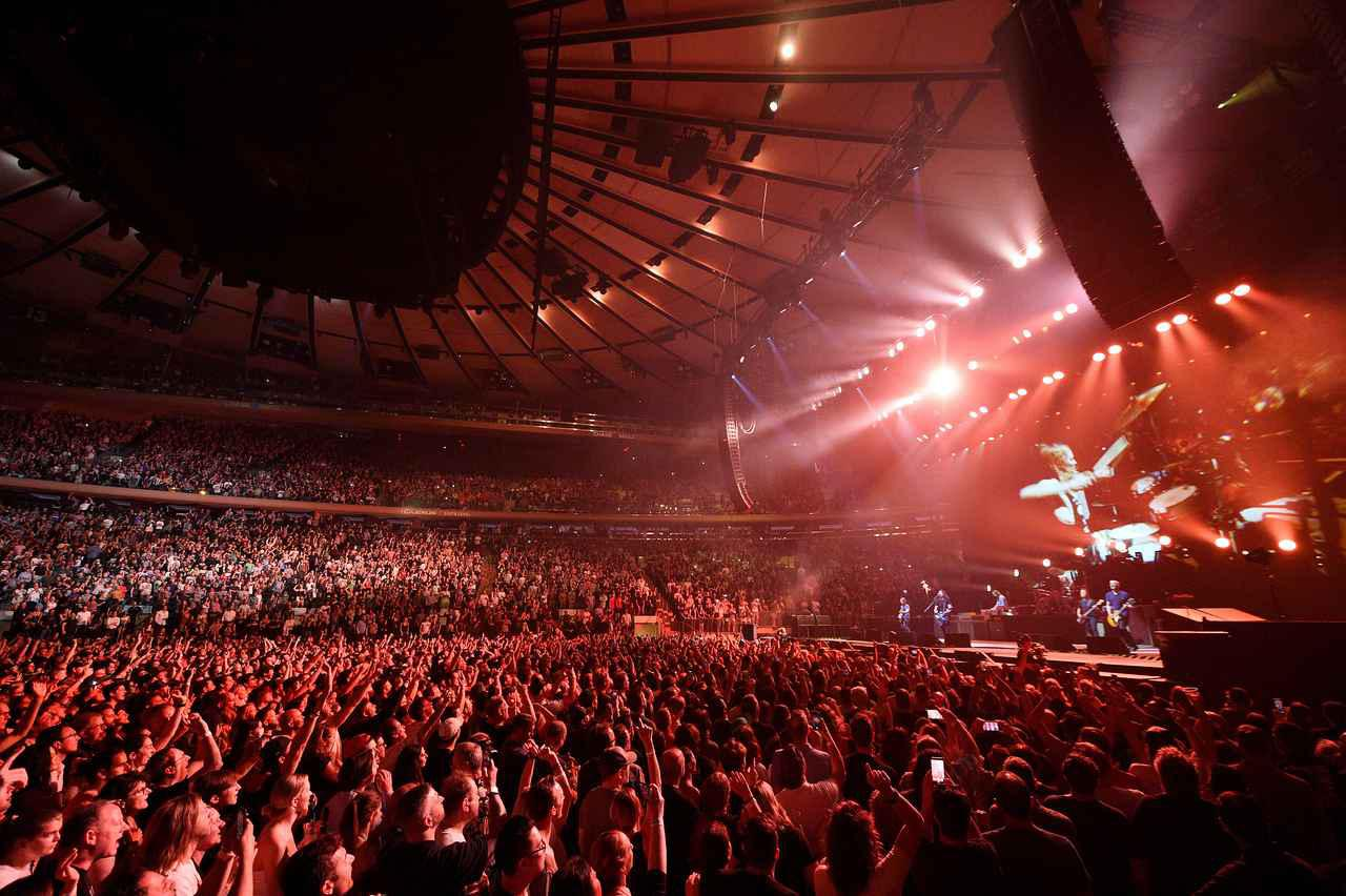 画像3: フー・ファイターズがMSGで久しぶりのコンサート