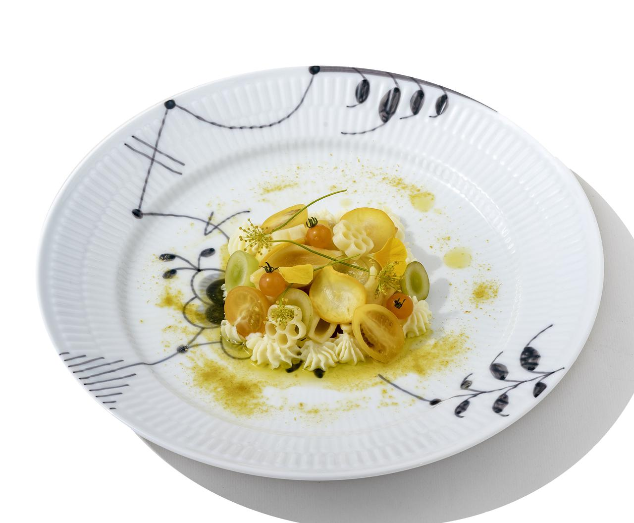 画像: Yellow Tomato Sauce (Cold Pasta) 1,600円