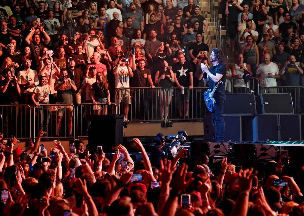画像4: フー・ファイターズがMSGで久しぶりのコンサート