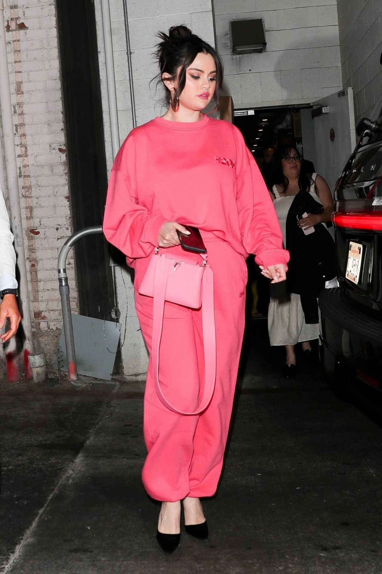 画像1: 全身ピンクコーデがトレンドに!