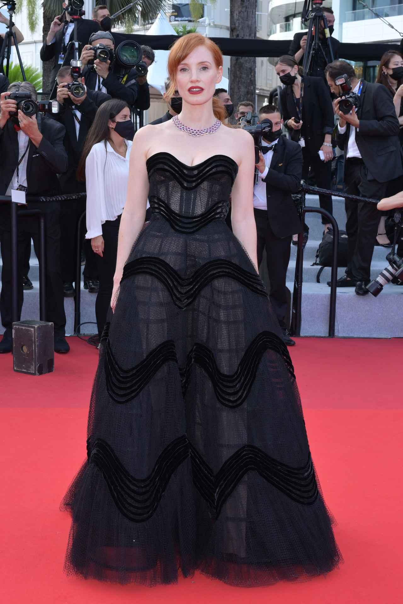 画像2: カンヌ国際映画祭、初日のレカペファッション
