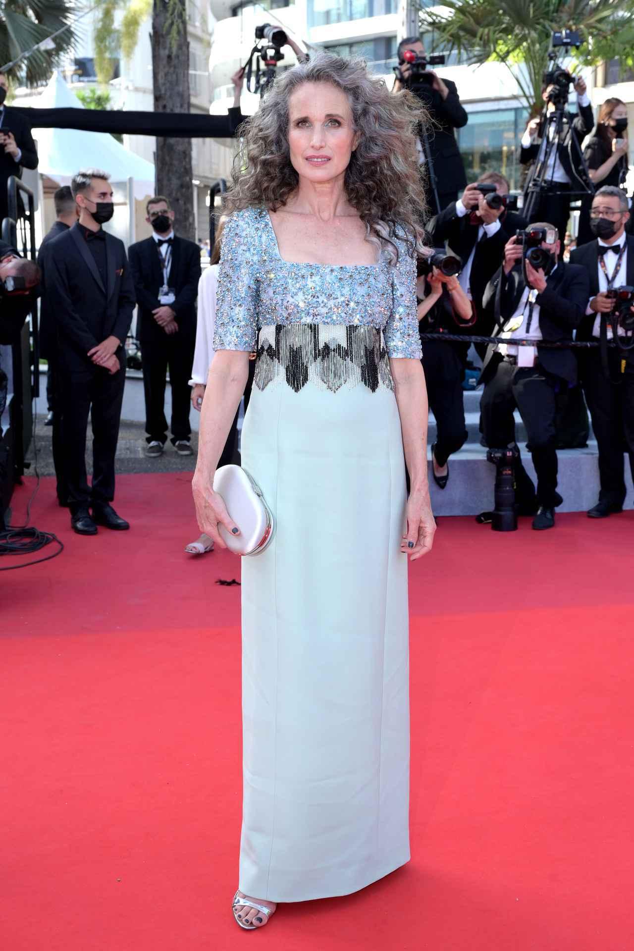 画像9: カンヌ国際映画祭、初日のレカペファッション