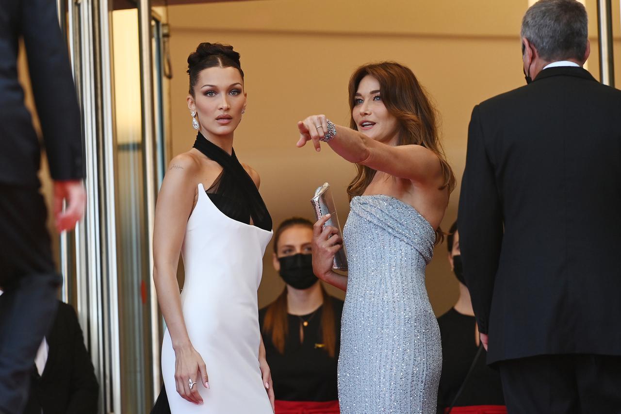 画像4: ベラとカーラがカンヌ国際映画祭に参加