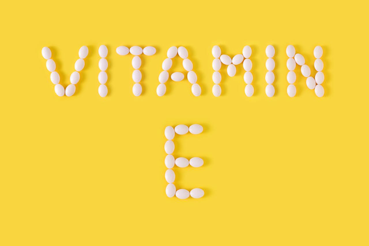 画像1: 二枚爪やヒビ割れには「ビタミンEオイル」