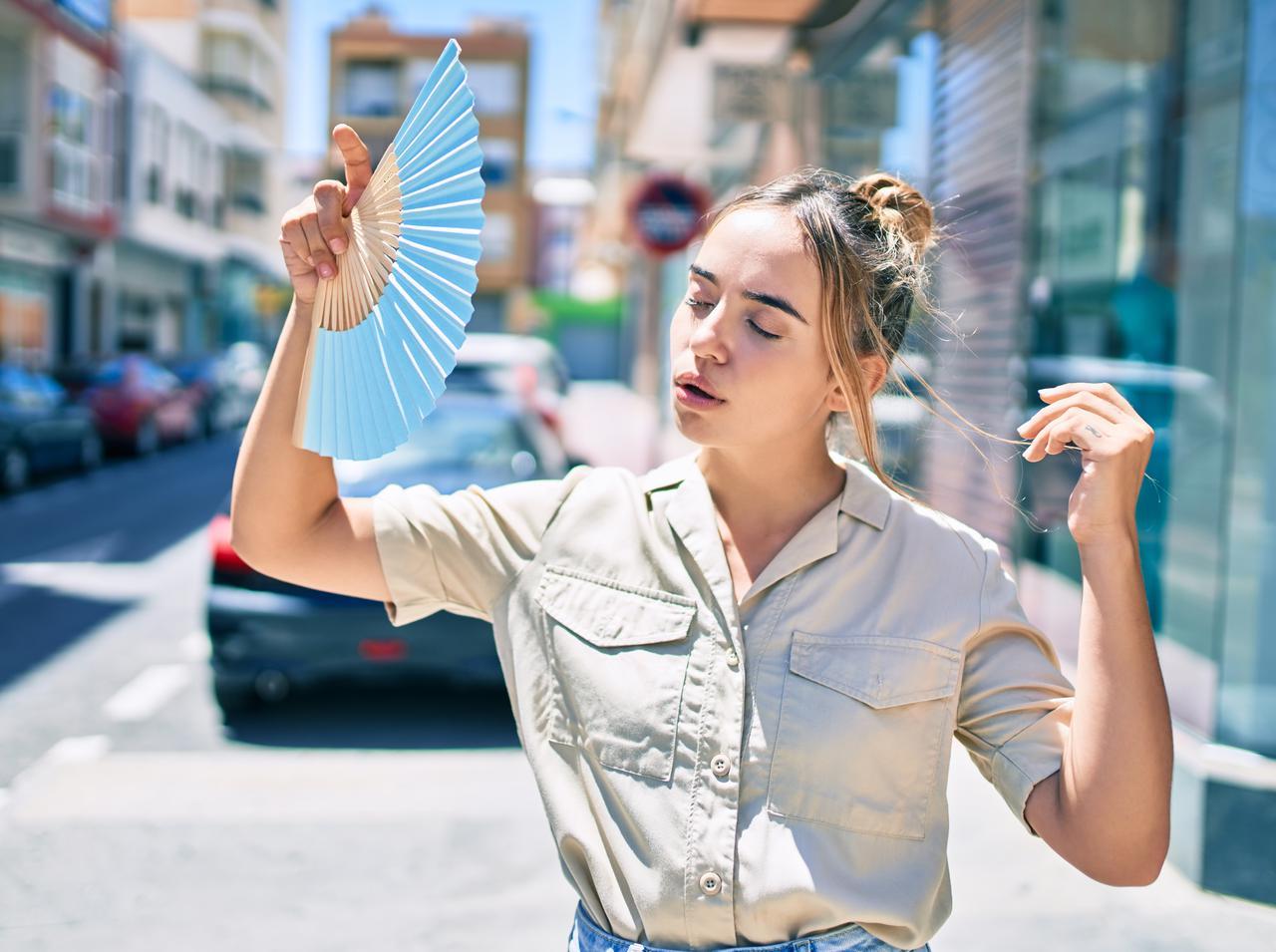 画像: 夏でもサラサラ髪をキープする方法