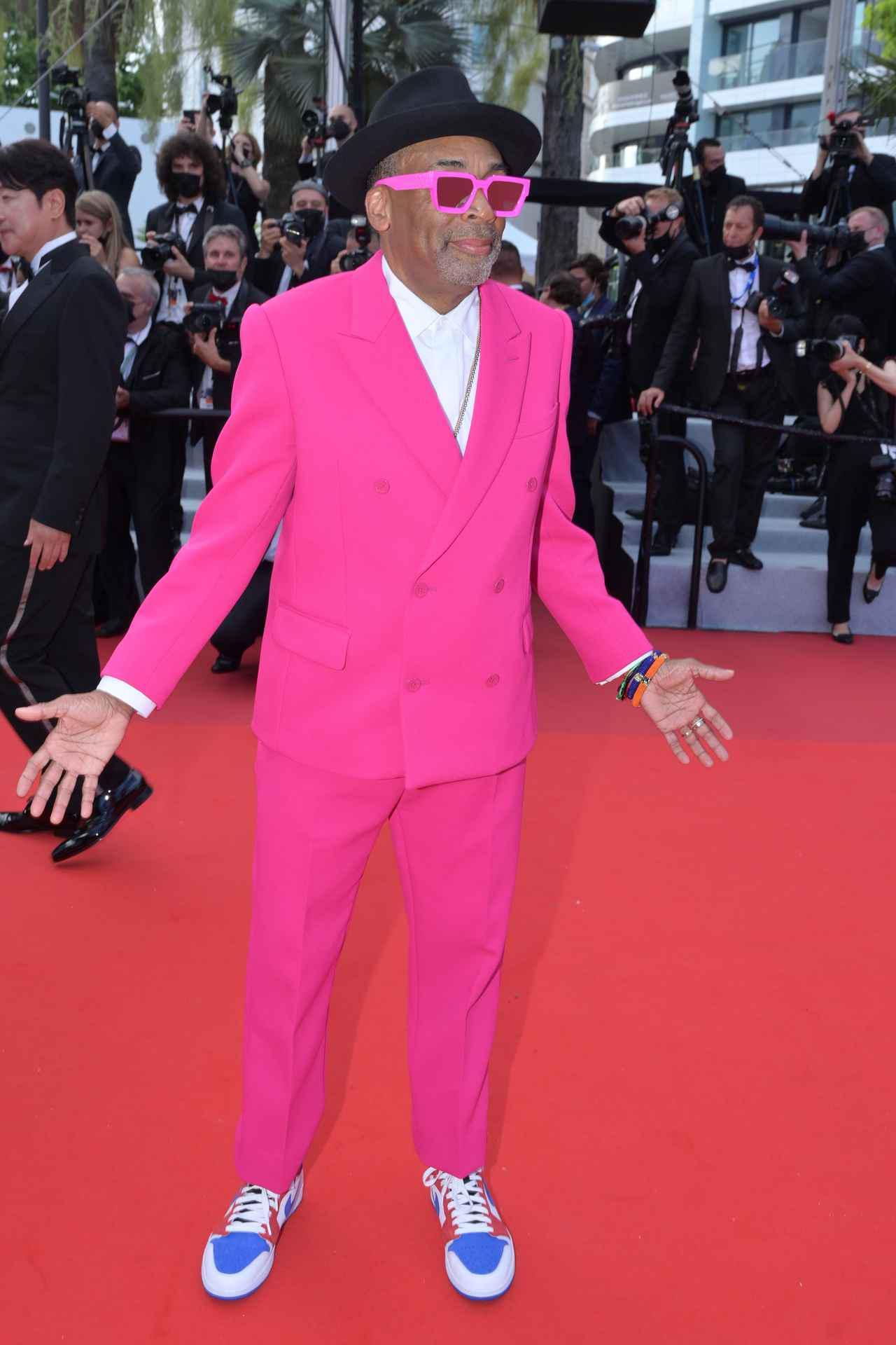 画像2: スパイク・リーのピンクスーツがかっこいい