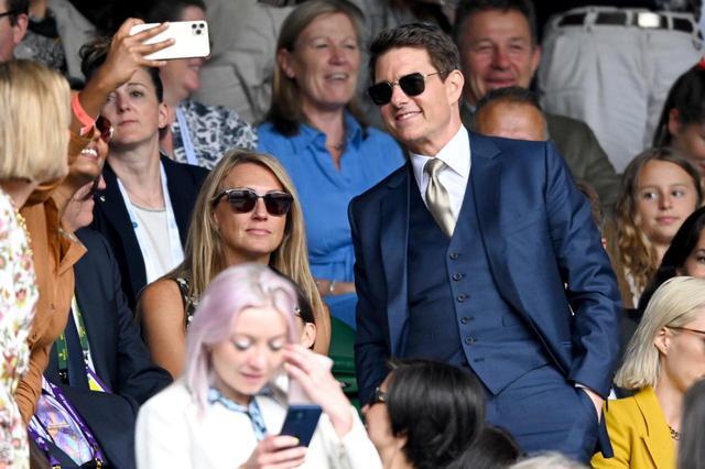 画像2: トム・クルーズが『MI7』共演者とウィンブルドン観戦