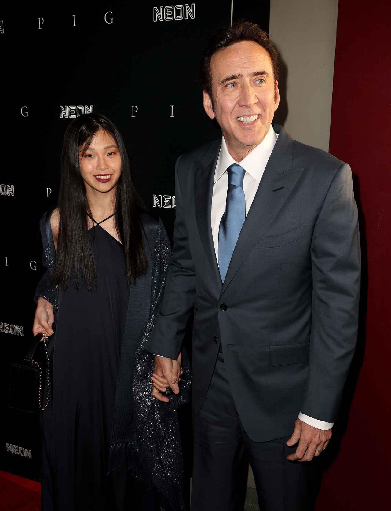 画像2: ニコラス・ケイジが映画のプレミアイベントに日本人妻を同伴