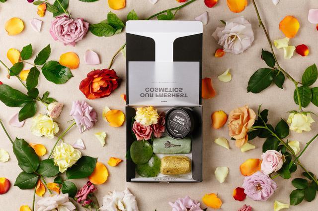 画像1: 毎月1回スキンケアと生花が届く「フレッシュ&フラワー ボックス」
