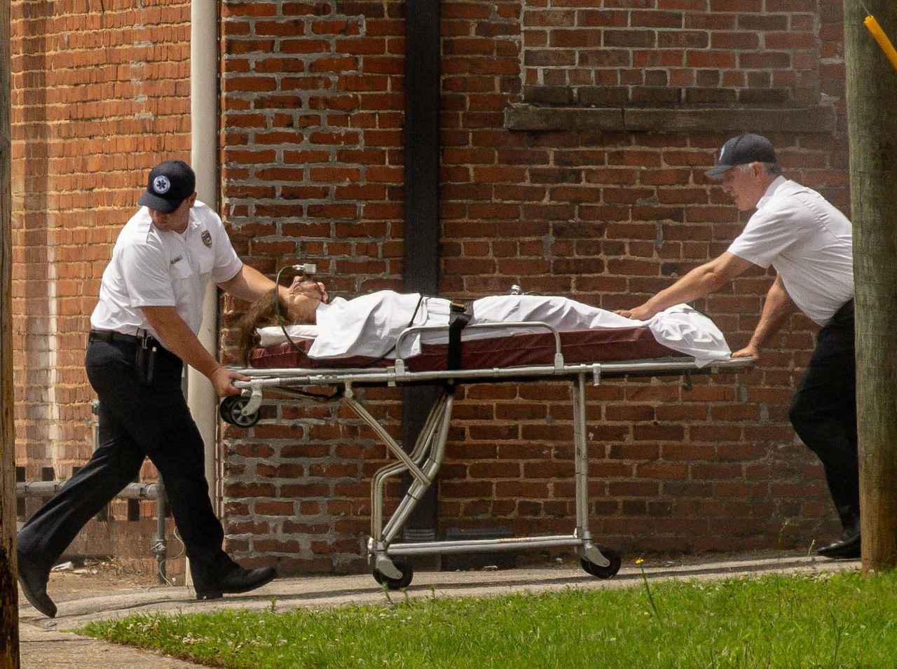 画像: 『ストレンジャー・シングス』シーズン4、撮影でイレブンがぶっ倒れる!スティーブは血まみれ!一体何が?【写真アリ】 - フロントロウ -海外セレブ&海外カルチャー情報を発信