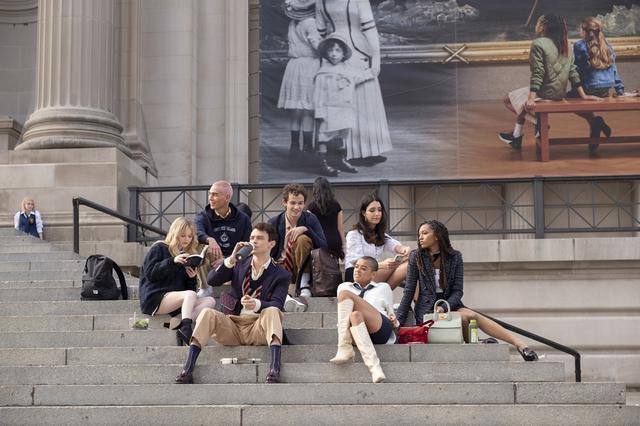 画像: 撮影を通してNYの名所を有名にした功績をNY市長に称えられたオリジナル版のDNAを受け継ぎ、新作でもメトロポリタン美術館や高級レストランなどNYの名所が多数登場する。