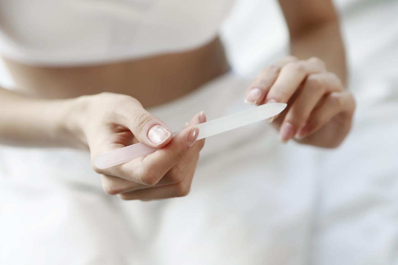 画像2: プロが「ガラス製」の爪やすりを勧める理由