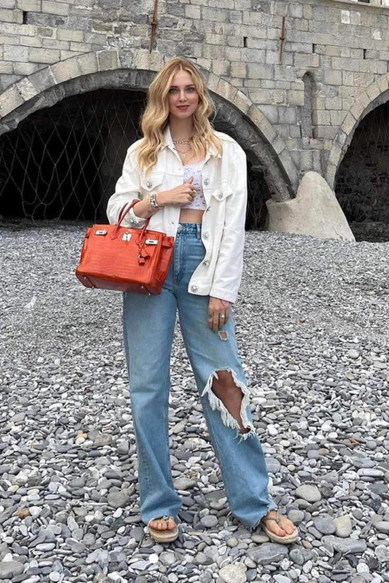 画像: モデル兼ファッショ二スタのキアラ・フェラーニ