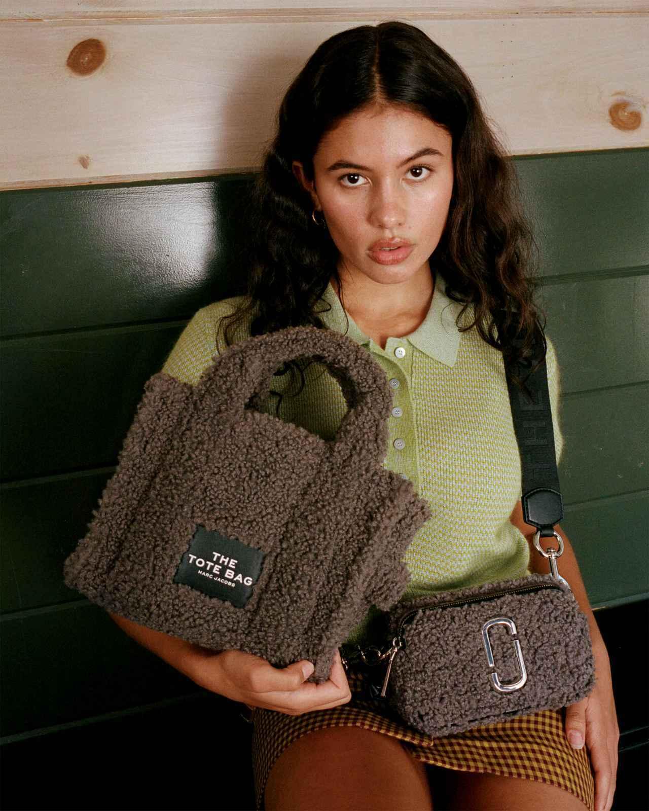 画像: 人気のバッグ「THE TEDDY TOTE BAG」に新作と新色発売