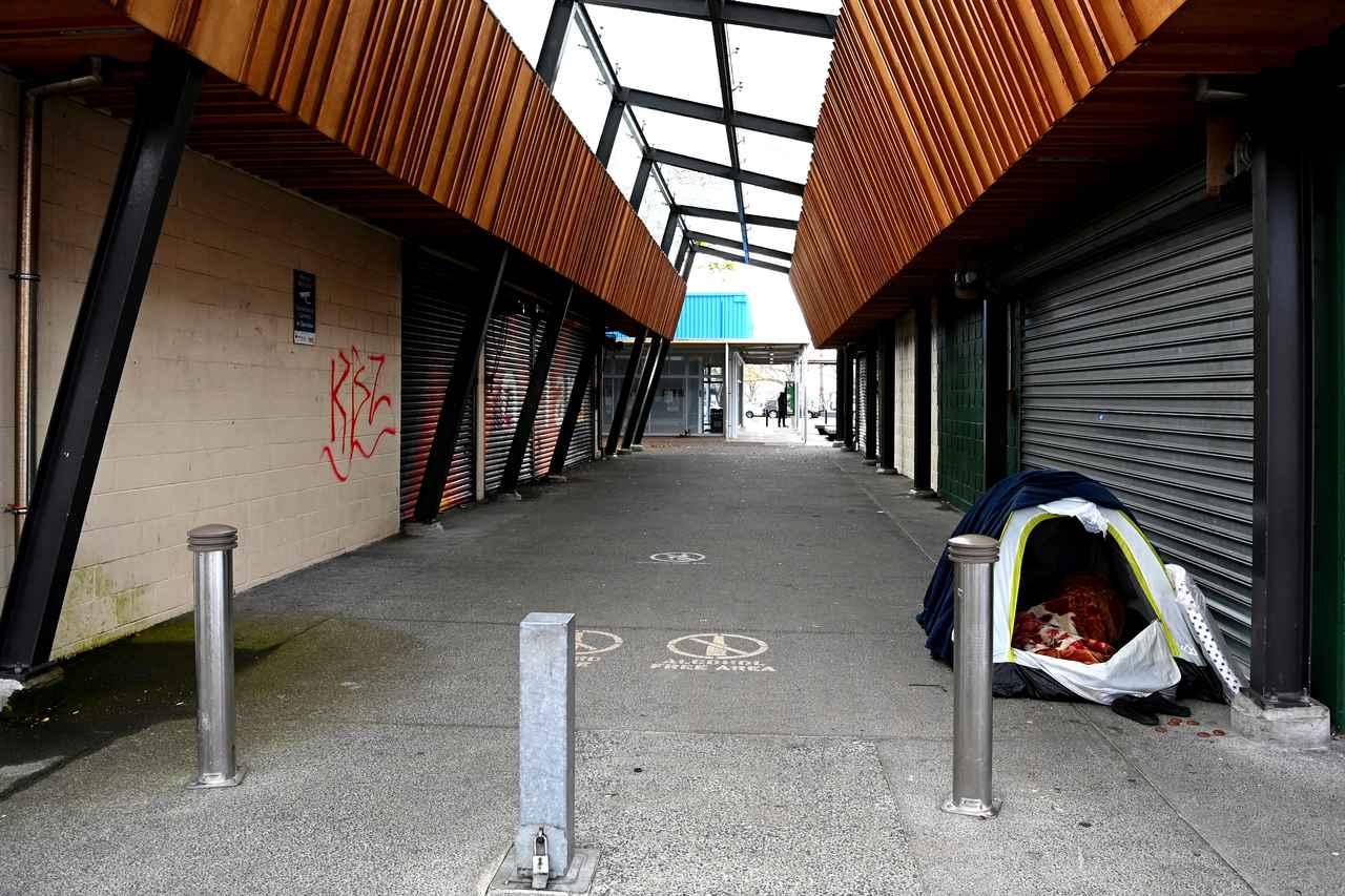 画像: 現地時間9月20日、都市封鎖が敷かれてお店が営業停止となっているニュージーランドのオークランドにて撮影。