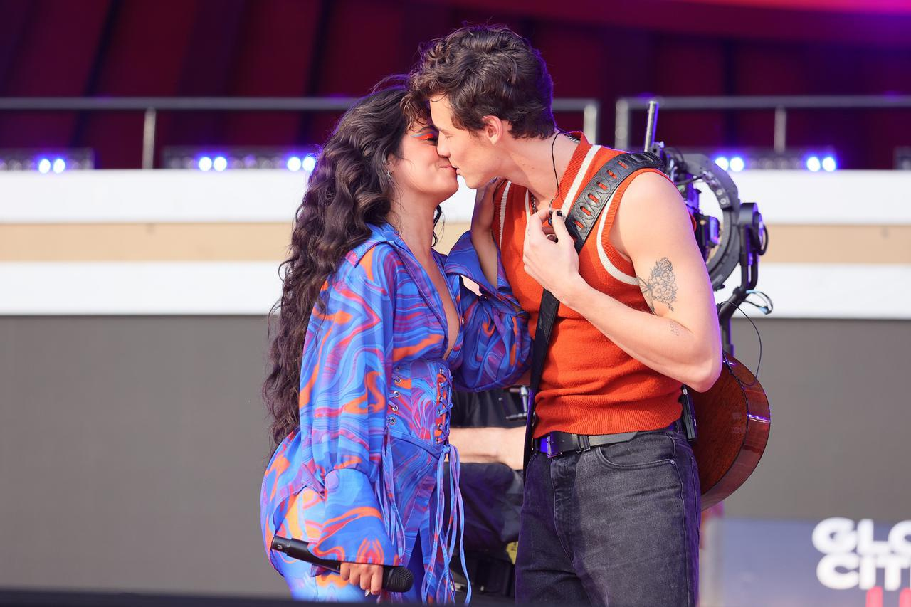 画像5: ショーン・メンデス&カミラ・カミラが一緒にパフォーマンスを披露