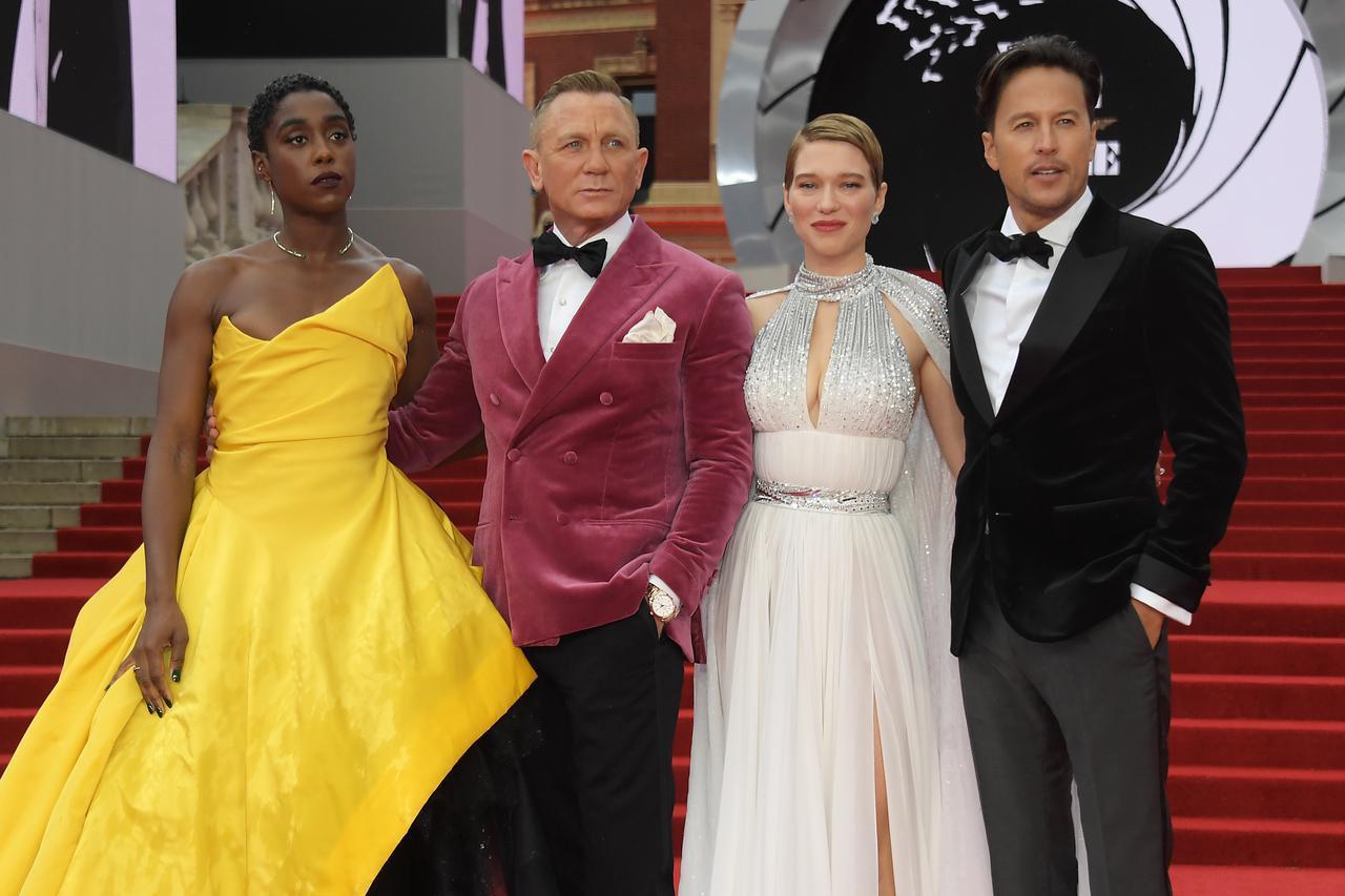 画像1: 『007/ノー・タイム・トゥ・ダイ』のプレミアにキャストが集結