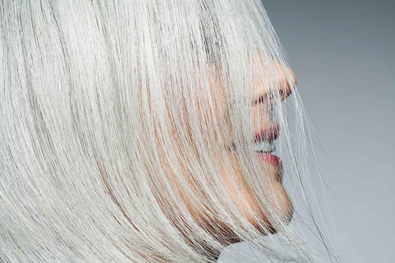 画像1: グレイヘア特有の悩みに着目した「白髪ケアシャンプー」